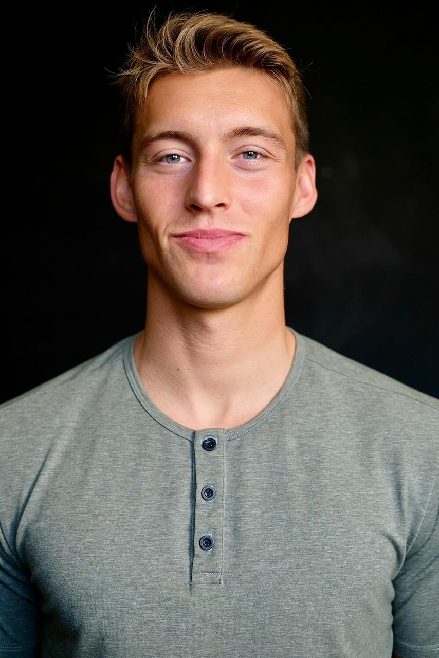 Evan R
